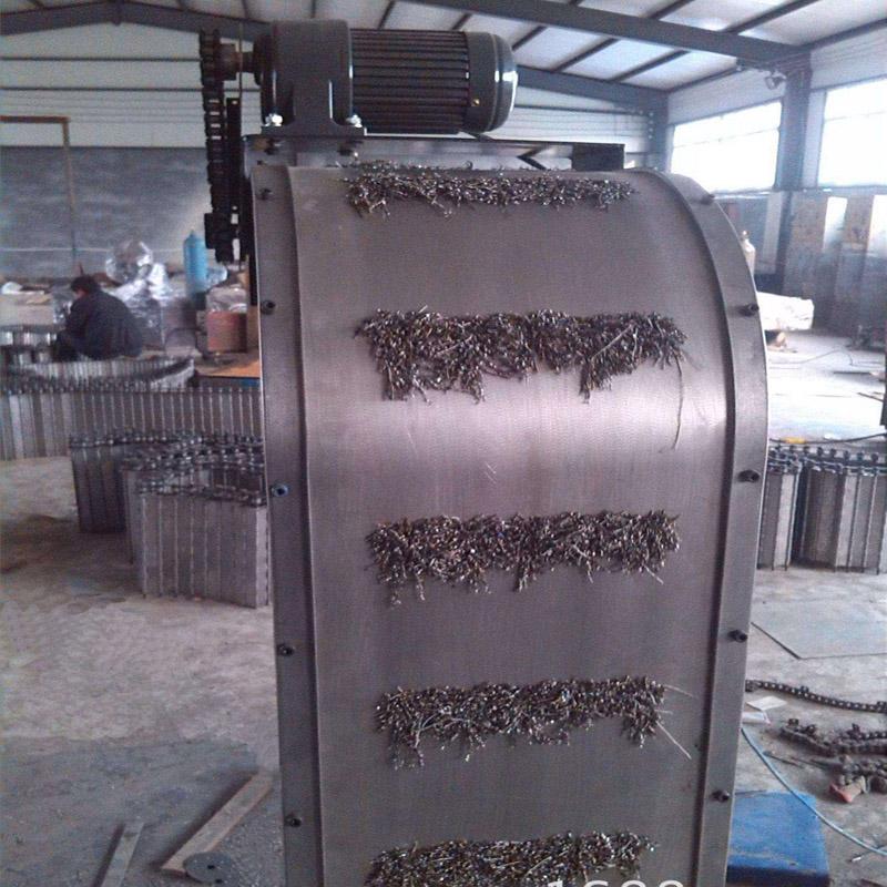 磁性板式排屑机4