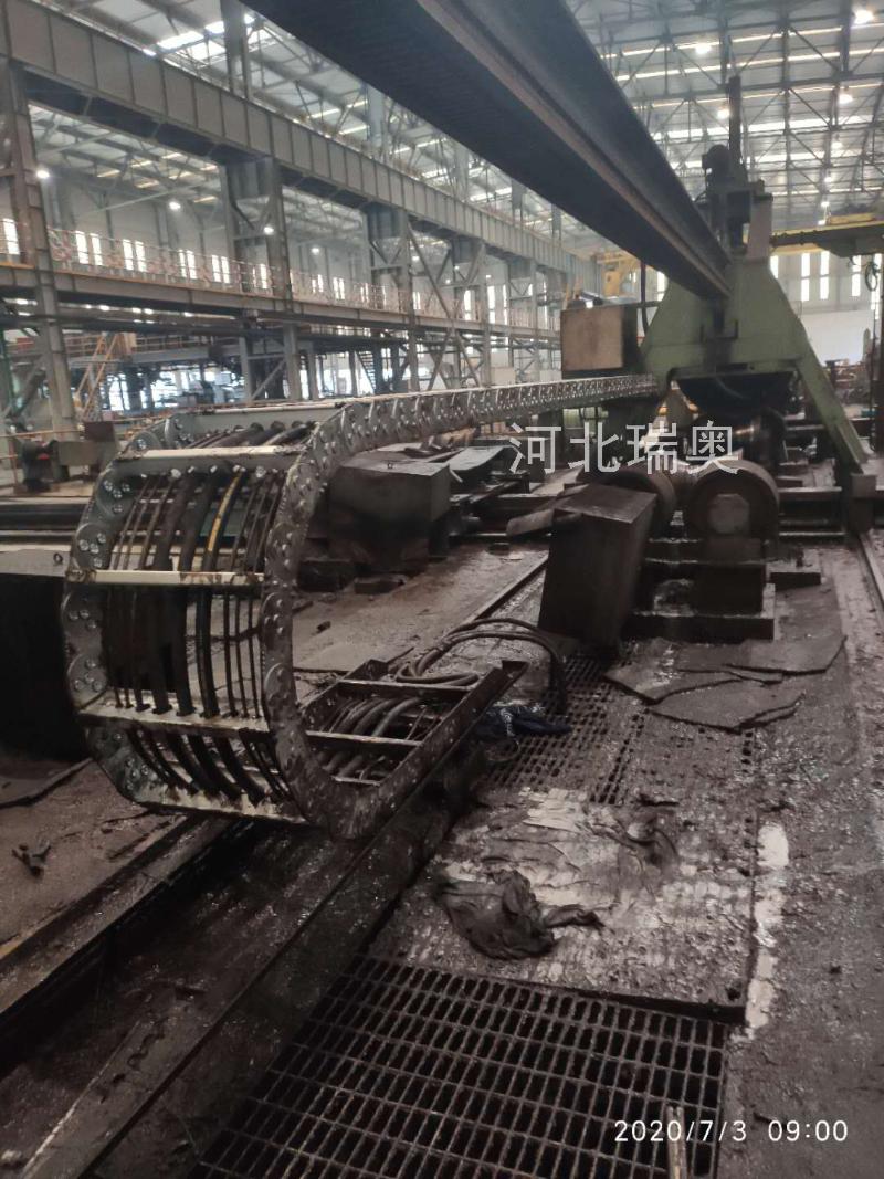 TL180II桥式钢制拖链应用实例