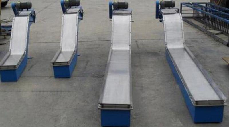 磁性板式排屑机6