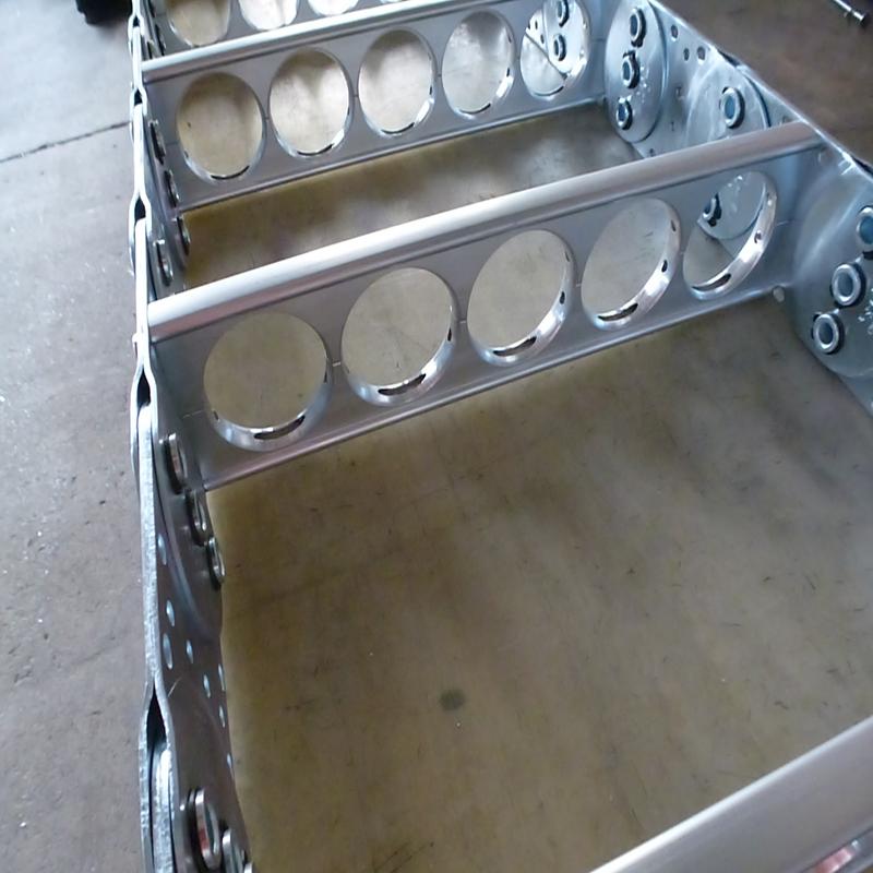 钢铝拖链TLG瑞奥3