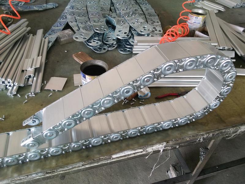 钢制拖链价格