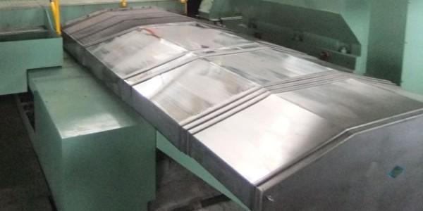 伸缩式钢板防护罩要测量哪些尺寸